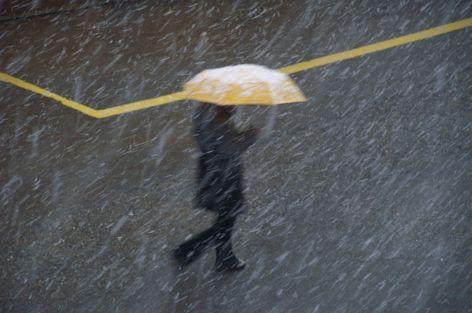 800px-Yellow_umbrella